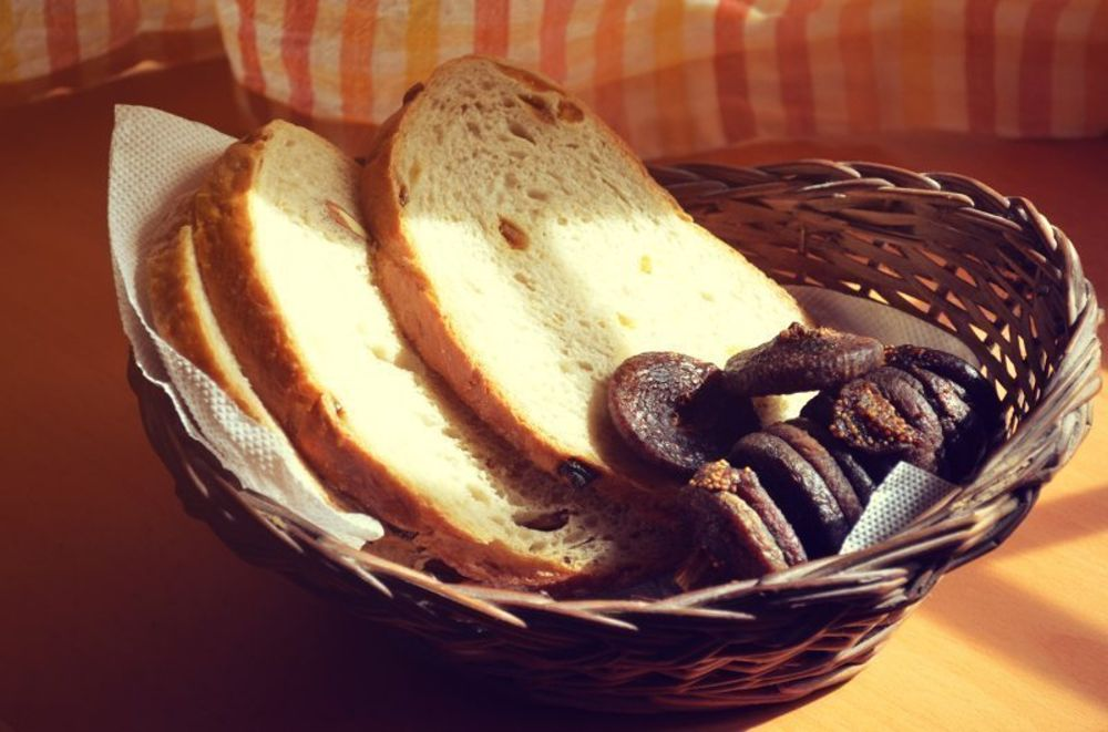 Country Fig bread and dry fuits_high_res.JPG
